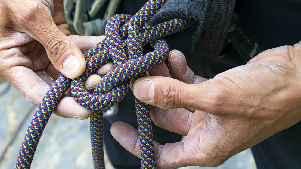 Basic Knots Every Man Should Know | Rugged Standard | Bowline knot | how to tie knots | camping knots
